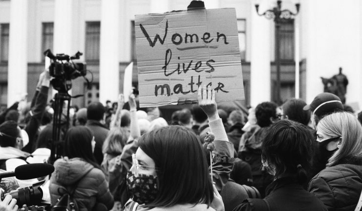 Protest sign saying Women's Lives Matter